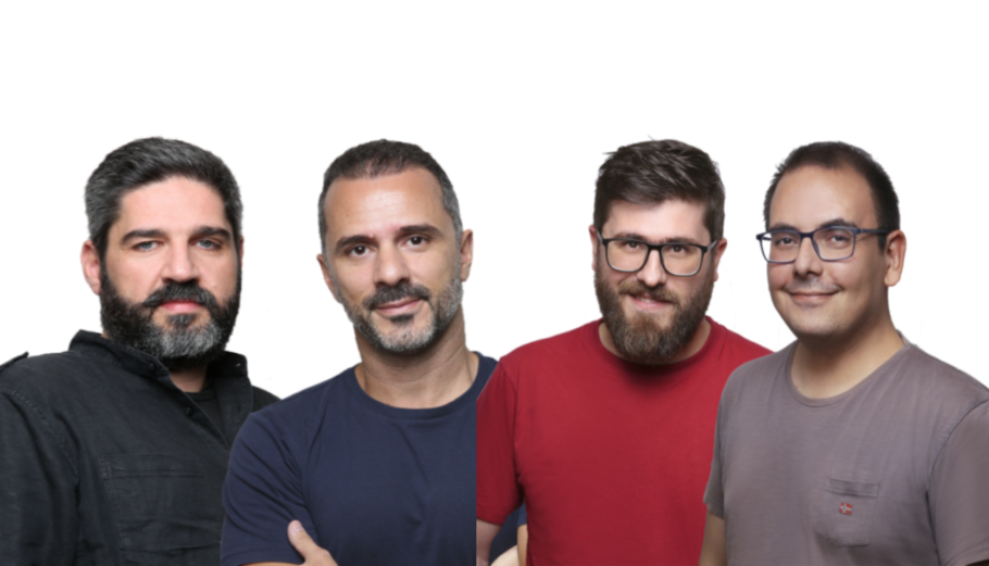H ομάδα της SCIO Πυθαγόρας Καραπιπέρης, Παναγιώτης Ζέρβας, Σωτήρης Κωνσταντινίδης και Αντώνης Κουκουρίκος