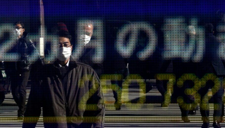 Χρηματιστήριο του Τόκιου © EPA/FRANCK ROBICHON