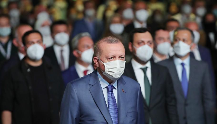 Ο Ερντογάν στη διώρυγα της Κωνσταντινούπολης © EPA/TURKISH PRESIDENT PRESS OFFICE HANDOUT HANDOUT EDITORIAL USE ONLY/NO SALES